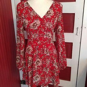 Entro Red Floral V-Neck Dress S